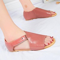 Hot seller of casual women's shoes comfortable flat flat hollow-out versatile fish mouth fashion sandals