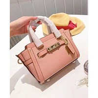 Coach fashion casual single shoulder bag for women hot seller of shopping bag