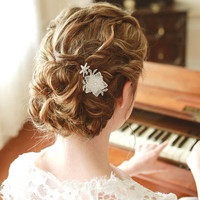 Lace hair pin, wedding pin, bridal hair comb, star pin - style 124