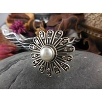 Freshwater Pearl Flower Sterling Silver Ring - Size 6.5