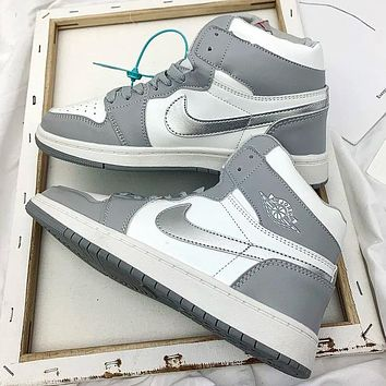 Air jordan1 AJ 1 Men's shoes high-top sneakers female students breathable basketball shoes sneakers Gray&White
