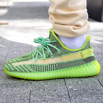 Adidas Trending Yeezy Boost 350 V2 Fresh Color Sports Sneakers Fashion running shoes Fluorescent green