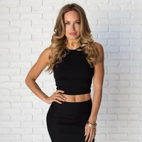 Love Triangle Crop Top In Black
