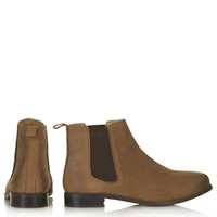 MONTH Leather Chelsea Boots