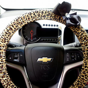 Cheetah Steering Wheel Cover with Bow