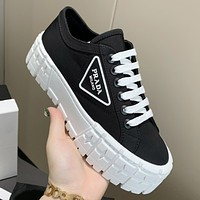 Prada New Canvas Embroidered Platform Shoes Womens Triangle Logo Casual Shoes sneakers Black
