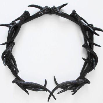 Antlers, Wreath, Deer Head, Antler Wreath, Antler Decor, Gothic Decor, Antler Wall Decor, Black Antler, Halloween Wreath, Deer Antler Decor