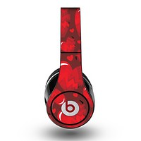 The Glossy Electric Hearts Skin for the Original Beats by Dre Studio Headphones
