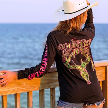 Country Life Outfitters Black & Pink Camo Realtree Deer Skull Head Hunt Vintage Long Sleeve Bright T Shirt