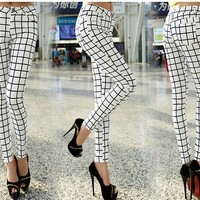 Women's Perfectly Plaid Jeggings