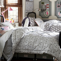 Decorating Ideas for Your Dorm Room   Shared Colors