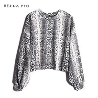 REJINAPYO Women Snake Skin Printed Short Sweatshirt Female All-match Vintage Loose O-neck Oversized Sweatshirt Pullover