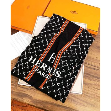Hermes Autumn And Winter Fashion New Letter Print Scarf Women Black No Box