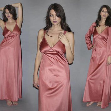 Vintage 70s DUSTY ROSE SATIN Peignoir Set / Sexy Lingerie Nightie, Dressing Gown / Plunging Bust, Empire Waist, Draped Nightgown / Bridal /M