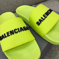 Balenciaga Fashino Men Women Men Slippers Flat Sandles Classic Shoes Fluorescent green