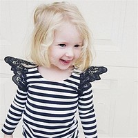 2016 Fashion Baby Girls Sunsuit Cute Lace Shoulder Ruffled Jumpsuit Kids White&Black Striped Romper Infant Rompers Girls clothes