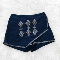 Scarlett Embroidered Angular Skirt (Navy)