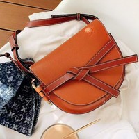 LOEWE fashion hot sell casual solid color knot ladies diagonal cross bag saddle bag