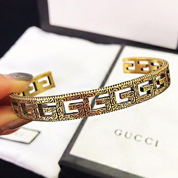 GUCCI New fashion more letter hollow retro couple opening bracelet Golden