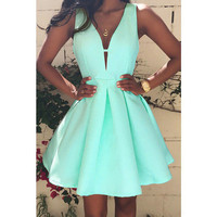 Women's Sweet Mint Green A-Line Deep V-Neck Flare Sleeveless Dress