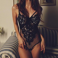 Floral Lace Bodysuit Ladies Sexy Romper 2017 Summer Bodycon Jumpsuit Sheer Mesh Backless Body Suits For Women Club Wear Femme
