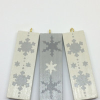Christmas tree ornaments, wooden Christmas decorations, rustic tree decor, White and Grey snowflakes