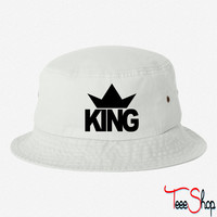 KING CROWN 1 bucket hat