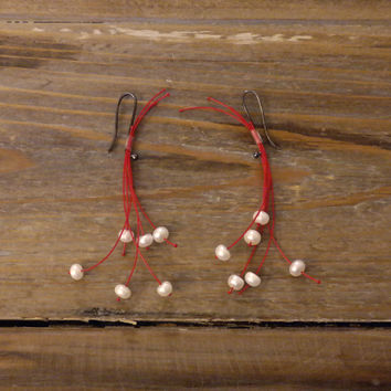 Anthropologie Modern Unique Party Drop Chandler Dangle Silver Red Pink Beads Christmas Earrings