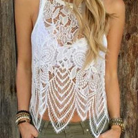 Woman Fashionable Laced See-Through Tank Top a10670
