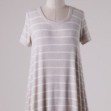 Short Sleeve Striped High Low Crochet Trim Split Back Top - Beige