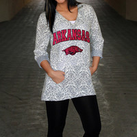 Arkansas Razorbacks Women's DAMASK LASER CUT TUNIC HOODIE