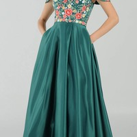 Emerald Green Off-the-Shoulder Embroidered Long Prom Dress with Pockets