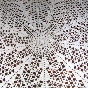 Crochet Tablecloth, Cotton, Handmade Vintage, Round Towel