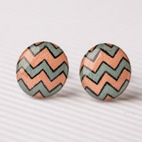 Chevron Striped Post Earrings in Peach and Cool Grey