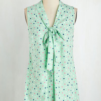 Mid-length Sleeveless South Florida Spree Top in Mint Dots