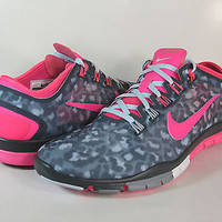 Women's Nike Free  TR Connect 2 - Cheetah Print