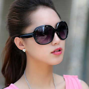 Women Round Big Frame Sunglasses