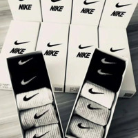 Nike five pairs sports socks a set