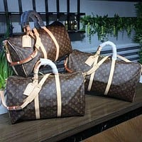 LV Louis Vuitton Hot Sale Fashion Large Capacity Letter Printing Travel Bag Shoulder Bag Duffel Bag