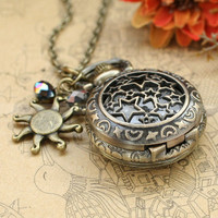 Locket necklaceVintage pocket watch with antique bronze by mosnos