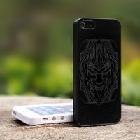 The Transformers Megatron Face Helmet For iPhone 5 Black Case Cover