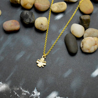A-120 Clover necklace, Simple necklace, Modern necklace, Gold plated chain/Special gifts/Everyday jewelry/