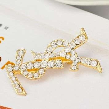 8DESS YSL Women Fashion Diamonds Brooch Jewelry