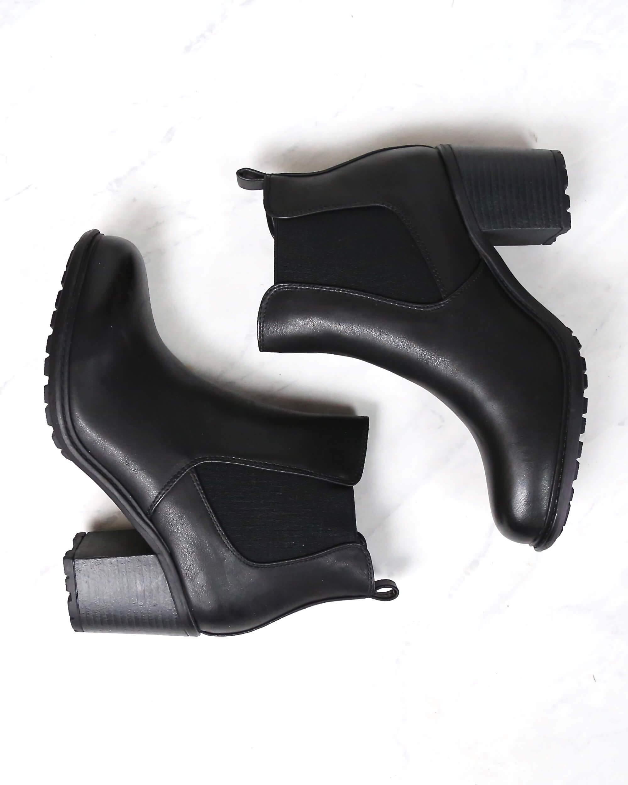 Image of chunky heeled Chelsea ankle boots - black