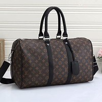 LV LV Louis Vuitton new product full-printed letters men and women large capacity duffel bag