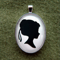 Coronation Anna from Frozen Silhouette Cameo Pendant Necklace