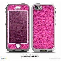 The Pink Sparkly Glitter Ultra Metallic Skin for the iPhone 5-5s NUUD LifeProof Case