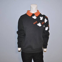 """Vintage Halloween Sweatshirt Black with Orange Collar and White Ghosts """"Boo"""" Sweat Top Sweater Shirt Size Small 1990's or 1980's Goth"""
