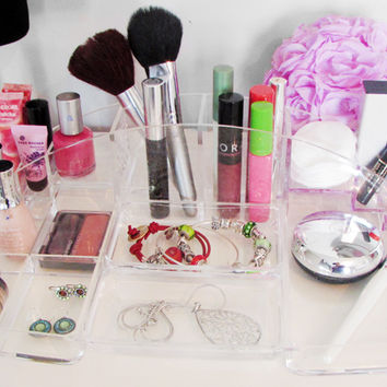 Evelots® Clear Acrylic Cosmetic Organizer With 15 Compartments, Jewelry & Make Up
