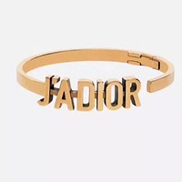 DIOR Classic Fashion Woman Letter Temperament Bracelet Jewelry Accessories